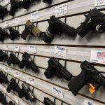 Decreto que facilita posse de armas vai reduzir ou aumentar a violência?