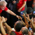 A hipocrisia da esquerda — Detesta a burguesia, mas venera políticos ricos
