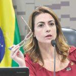 Senadora trai governo e ameaça Paulo Guedes