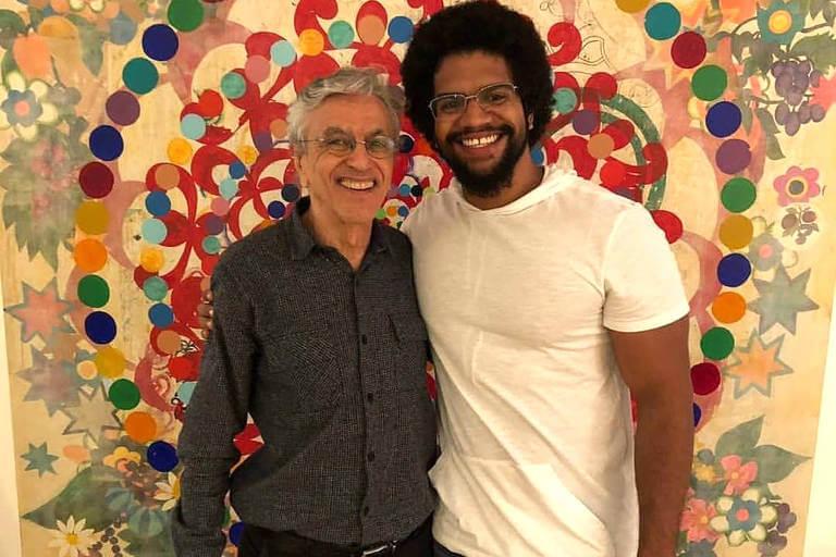 Quem é Jones Manoel guru de Caetano Veloso?