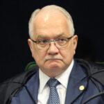Fachin vota contra venda de refinarias da Petrobras