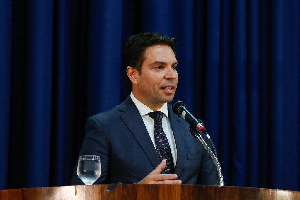 Flávio Bolsonaro e Abin: Ramagem indica tramoia