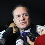 Governo articula para tirar Renan Calheiros de relatoria da CPI